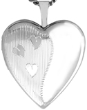 L5138 20mm heart locket with hearts