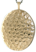 hammered pattern 25 oval locket